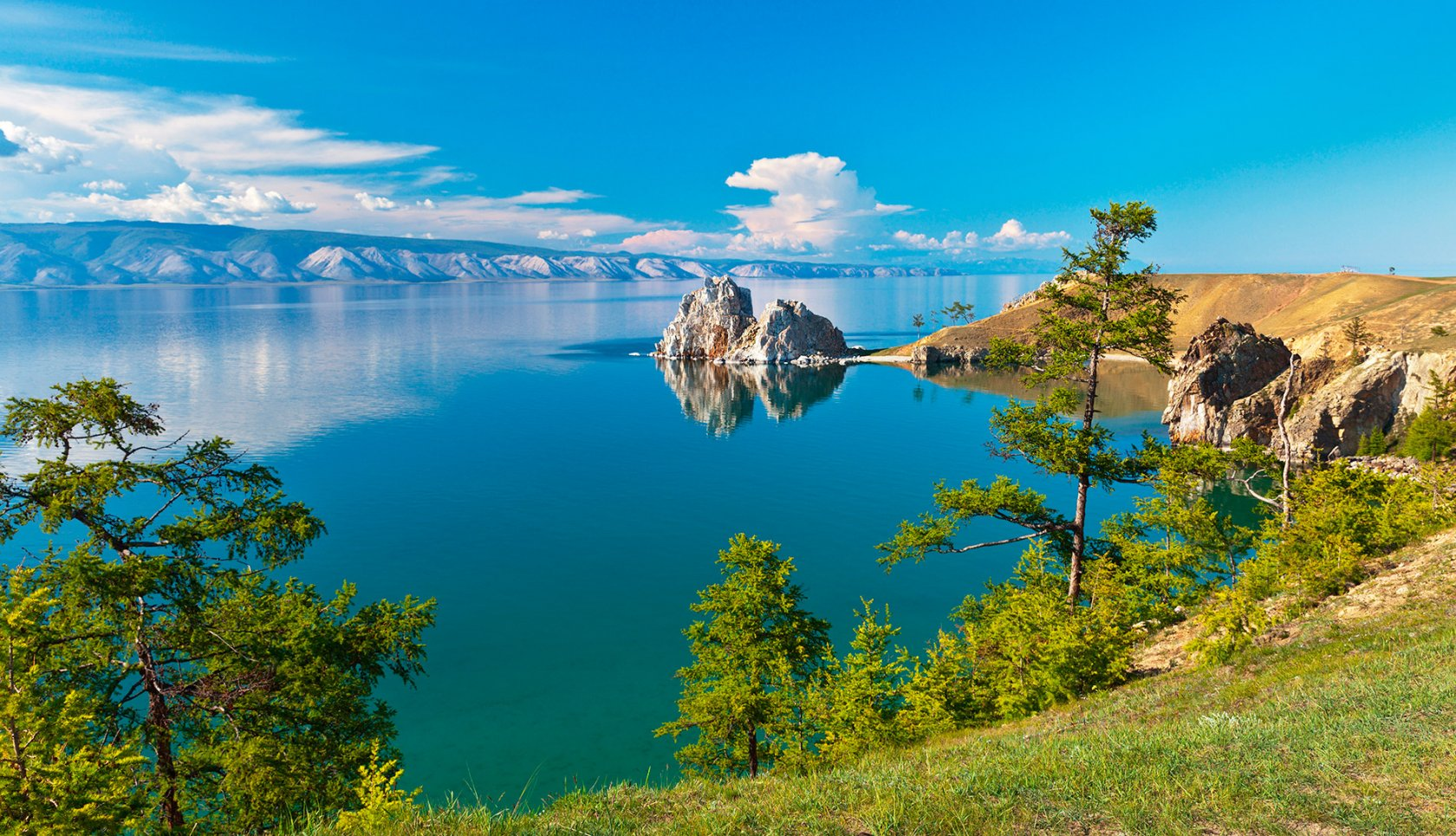 Знаменитое озеро Байкал