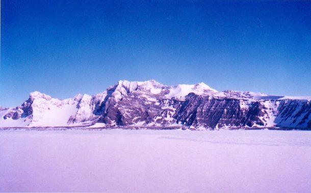 Пирамиды в Антарктиде!